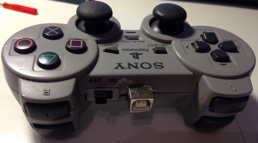 psx_controller_back_view