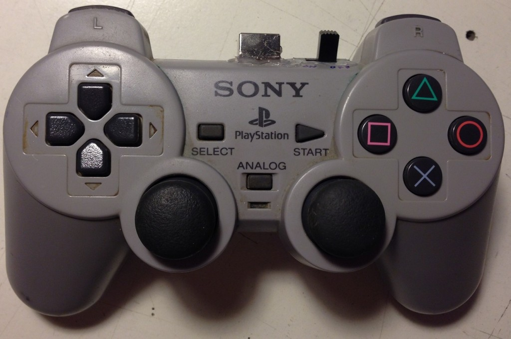 psx_controller_front_view