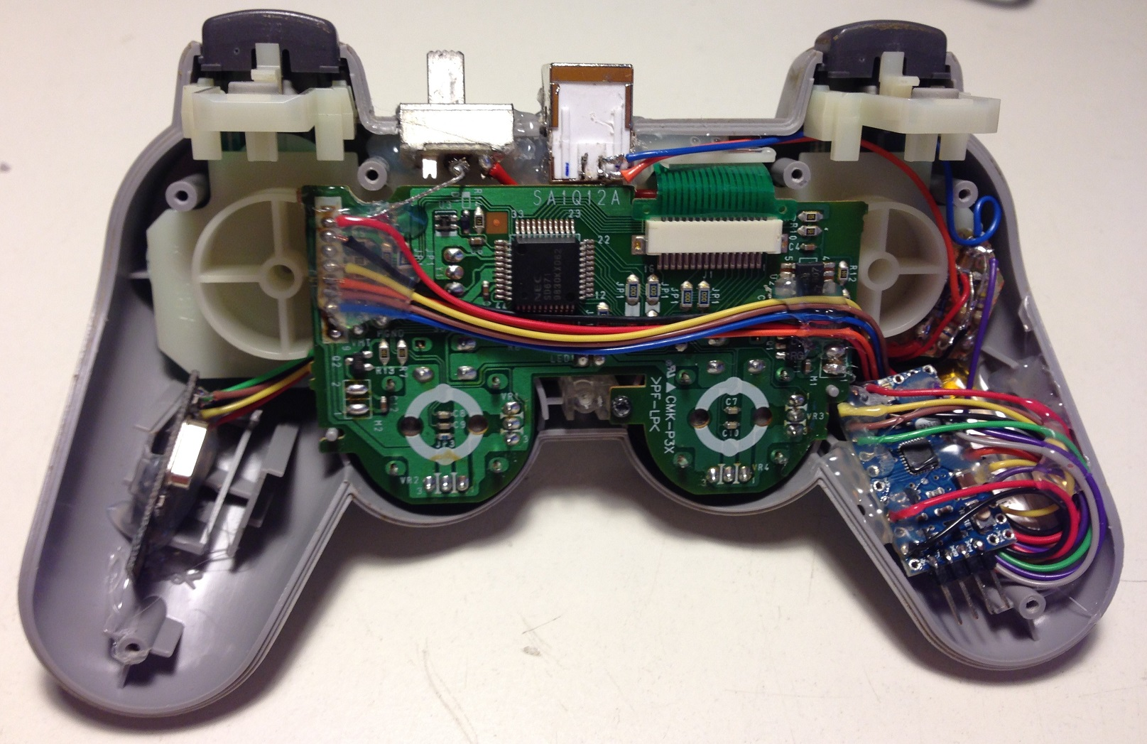 Playstation controller hack with arduino mini and nrf l